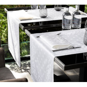 chemin de table Lilium Blanc