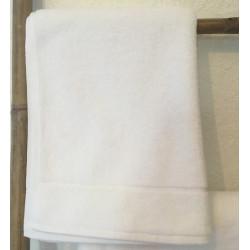 Linge de bain blanc haut gamme pour l'hôtellerie - Comptoir Textile