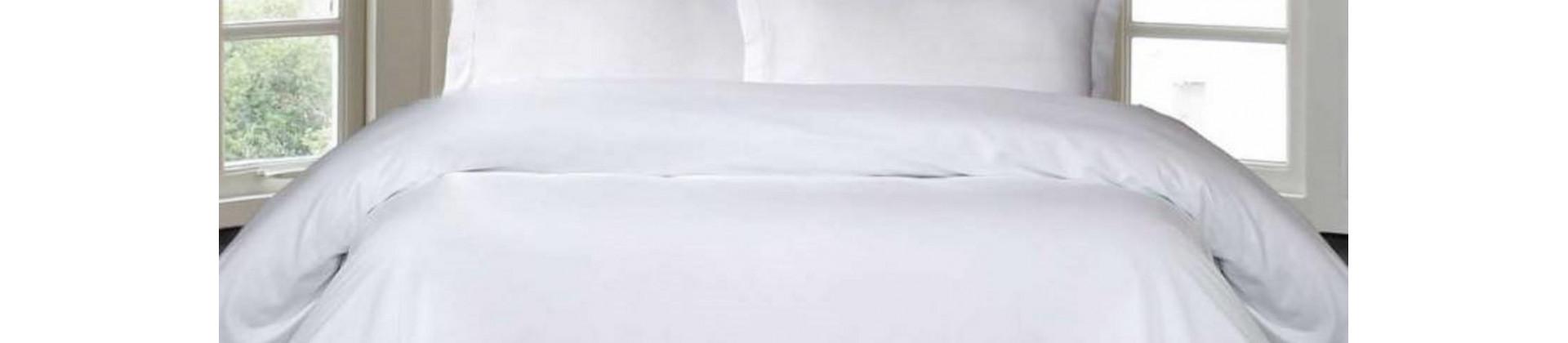 Housses de couette blanches pour établissements hôteliers